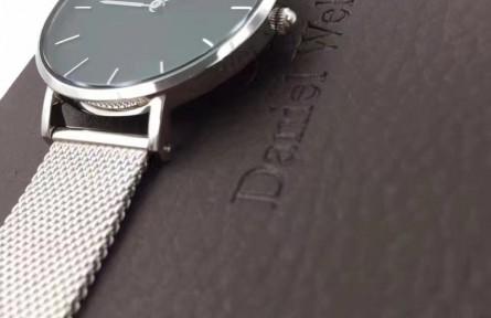 dw手表回收多少钱一个,dw手表值得回收吗?手表品牌